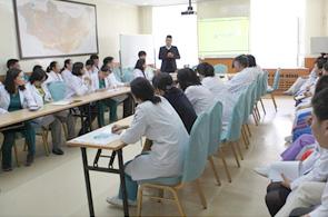 몽골에 부는 한방 비수술 척추 치료 열풍